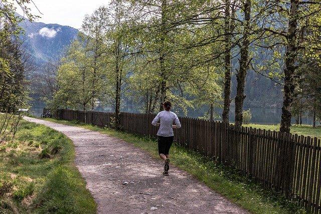 běh cestičkou