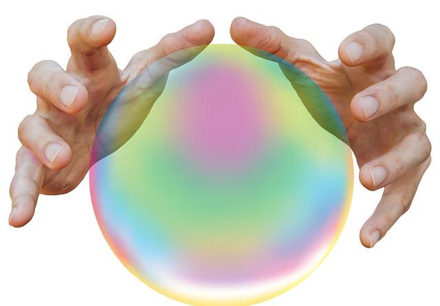 ruce nad bublinou