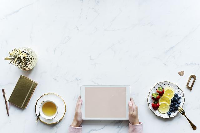 růžová obrazovka tabletu