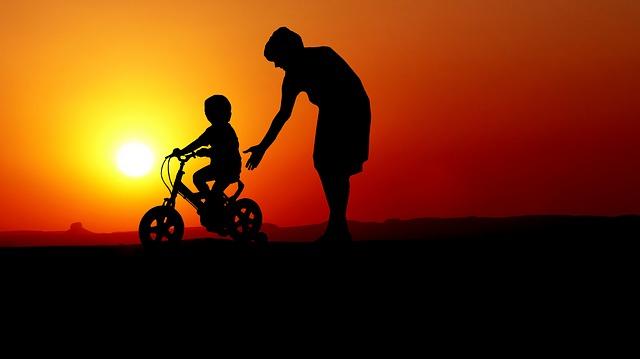 dítě na kole.jpg